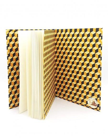 Quaderno cartonato cubi giallo nero Grafiche Tassotti vista interna