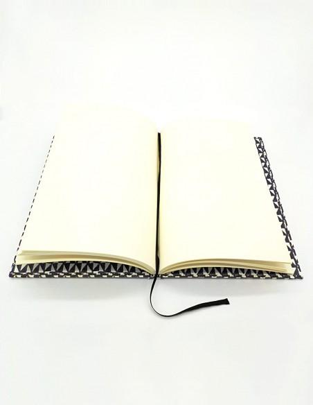 Quaderno cartonato Remondini triangoli Grafiche Tassotti aperto