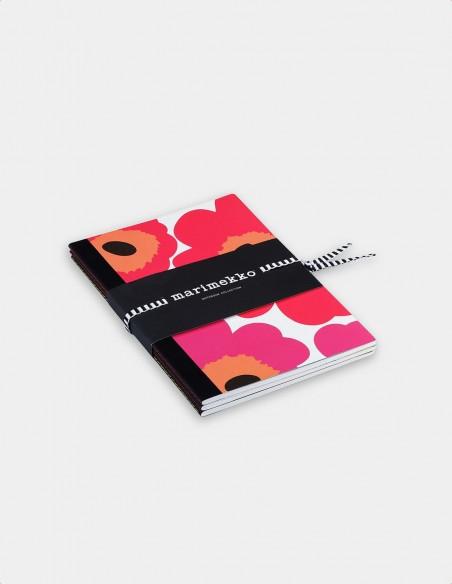 Collezione quaderni Marimekko vista obliqua con nastrino