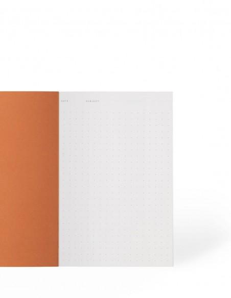 Quaderno notebook puntinato di Notem Studio collezione Vita dimensione small aperto