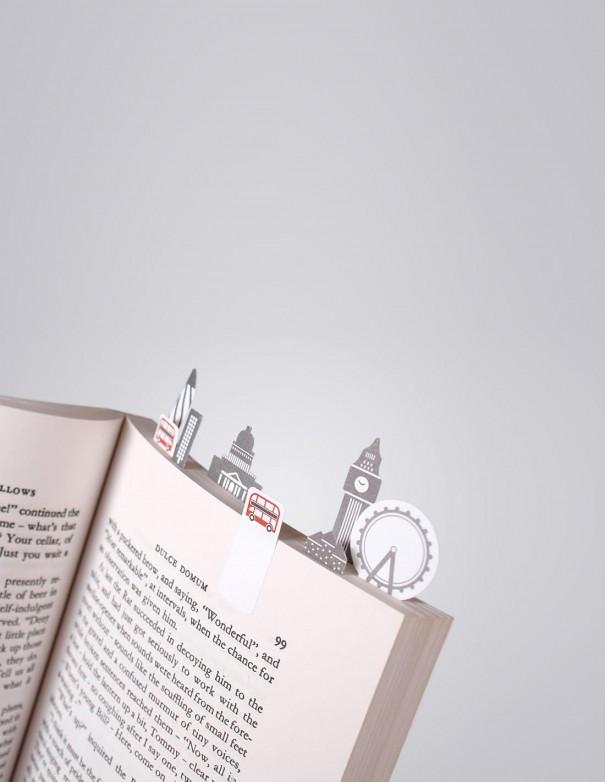 segnalibri adesivi London Duncan Shotton vista in uso